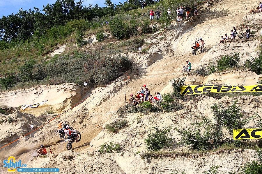 2-hill-climbing-sibiu-2009-1113134162